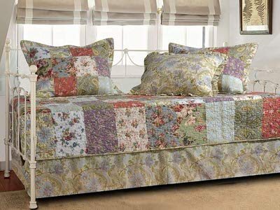 4. Greenland Home Blooming Prairie Daybed Bedding Set