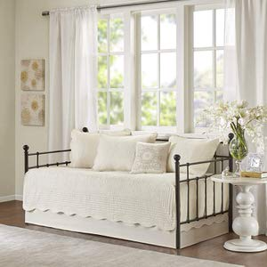 9. Madison Park Tuscany Ivory Daybed Bedding Set