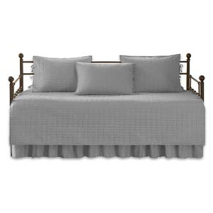 7. Comfort Spaces Kienna Daybed Bedding Set
