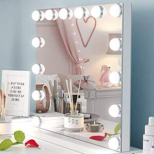 15. Ovonni Hollywood Vanity Mirror with Lights