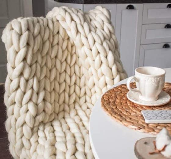 MLMGUO Chunky Knit Blanket
