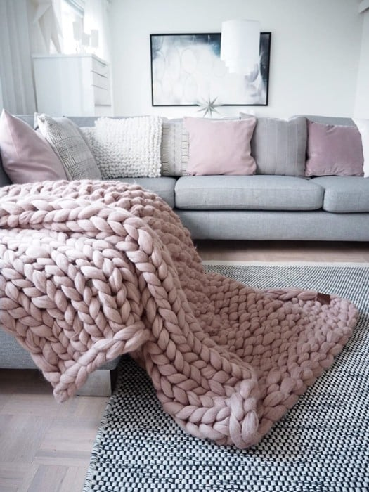 WoolArt Knit Throw Blanket