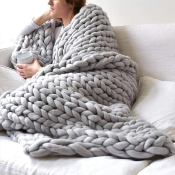 EASTSURE Chunky Knit Blanket